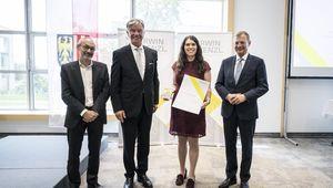 Prof. Paulik, Prof. Steinecker, DIin Dr.in Lisa Emhofer, Landeshauptmann Mag. Thomas Stelzer