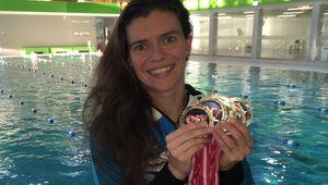 Angelika Kronlechner mit Medaillen und Rekorden.