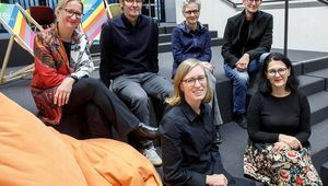 F.l.: Dr. Claudia Schwarz (ACADEMIA SUPERIOR), Dr. Andre Zogholy (Linz University of Art), Vice-Rector Univ. Prof. Mag. Brigitte Vasicek (Linz University of Art), Vice-Rector DI Christopher Lindinger (JKU Linz), Univ. Assist. Mag. Katharina Weinberger-Lootsma (Linz University of Art), and Dr. Herta Neiß (JKU Linz).
