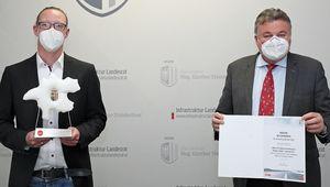von links: Michael Gerstmair; Landesrat Günther Steinkellner