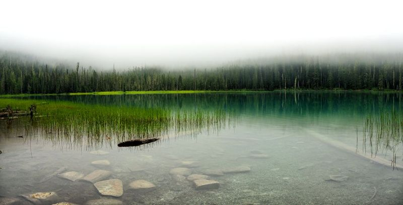 """The Silent Lake"" (Joffre Lakes, Kanada)"
