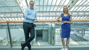 From left: Vice-Rector Stefan Koch, Mag. Therese Wagenhofer, head of Teaching and Studies at the JKU Linz